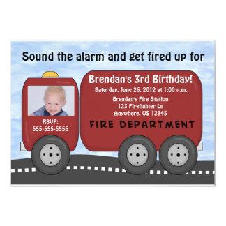 El coche de bomberos embroma la invitación del invitación 12,7 x 17,8 cm