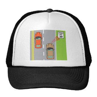 El coche explora la muestra del límite de gorras