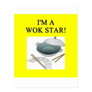 el cocinar chino del wok postal