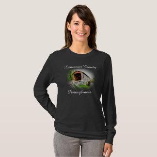El condado de Lancaster - puente cubierto - manga Camiseta