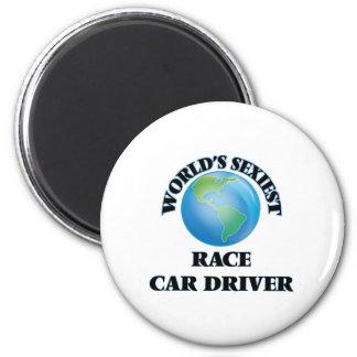El conductor del coche de carreras más atractivo imán redondo 5 cm
