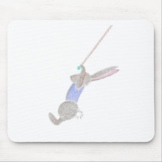 El conejito en el trapecio del vuelo alfombrilla de ratón