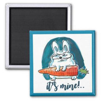 el conejo astuto lleva a cabo el dibujo animado de imán