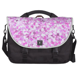 El confeti rosado de la pintada de la plantilla bolsas de portatil