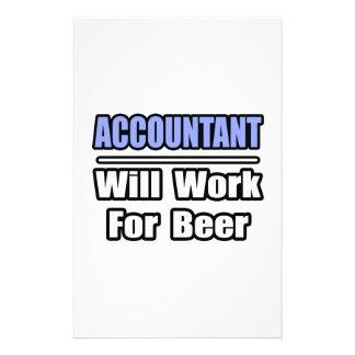 El contable… trabajará para la cerveza papelería
