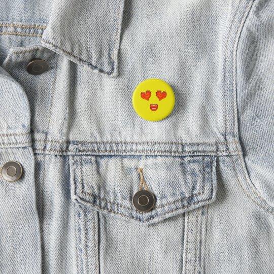 El corazón del beso del amor observa Emoji Chapa Redonda De 2,5 Cm