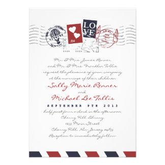 El correo aéreo sella la invitación del boda de la