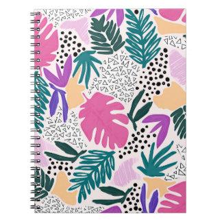 El corte forma el cuaderno tropical colorido del cuaderno