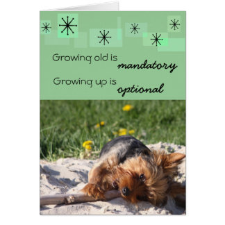 El crecimiento viejo es el crecer obligatorio es tarjeta