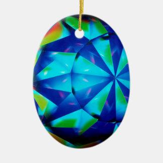 El cristal abstracto refleja al payaso ornato