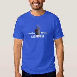 El cruzar con el retiro camiseta