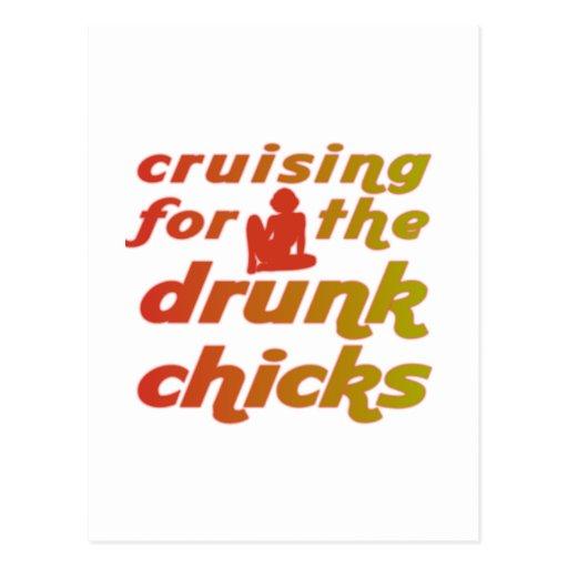 El cruzar para los polluelos borrachos postales