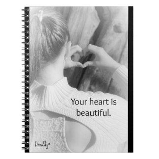 """El cuaderno espiral """"su corazón es hermoso """""""