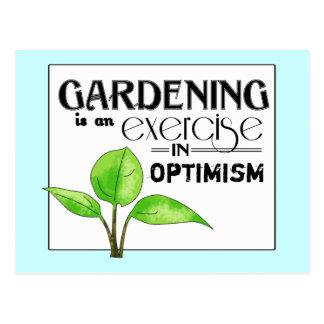 El cultivar un huerto es un ejercicio en optimismo postal