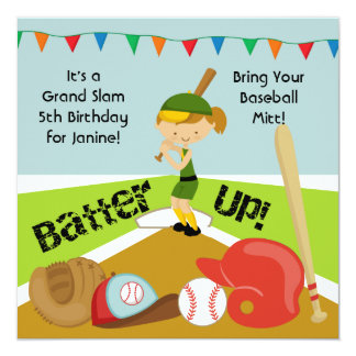 El cumpleaños de encargo del béisbol de los chicas invitaciones personales