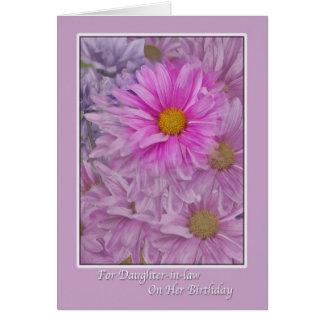 El cumpleaños de la nuera con las margaritas del tarjeta de felicitación