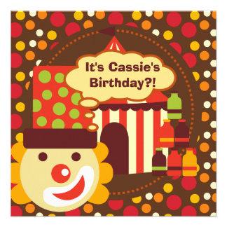 El cumpleaños del circo del payaso y de los lunare comunicado personalizado