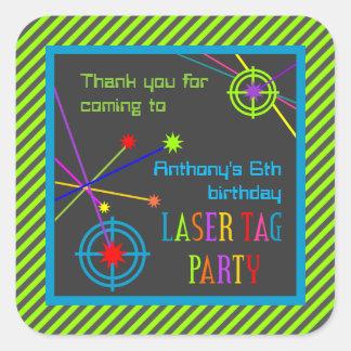 El cumpleaños del fiesta de la etiqueta del laser