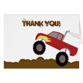El cumpleaños del monster truck doblado le tarjeta pequeña
