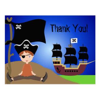 El cumpleaños del pirata de los niños de los postal