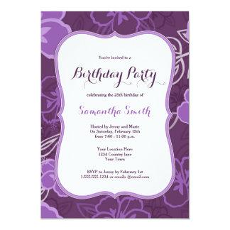 El cumpleaños hawaiano púrpura de las flores del invitación 12,7 x 17,8 cm