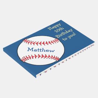 El cumpleaños patriótico azul del béisbol se libro de invitados