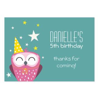 El cumpleaños rosado lindo del búho le agradece tarjeta de negocio