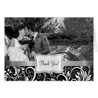 El damasco blanco y negro elegante le agradece car tarjeta pequeña
