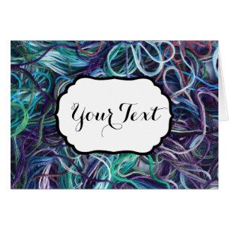 El ♥ del modelo del hilo del bordado hace su texto tarjeta pequeña