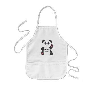 El delantal del niño de la panda