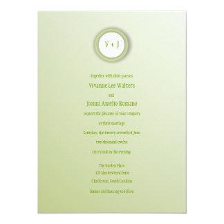El destellar invitación suavemente verde y blanca