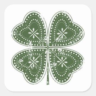 El día de cuatro de la hoja St Patrick del trébol Colcomanias Cuadradases