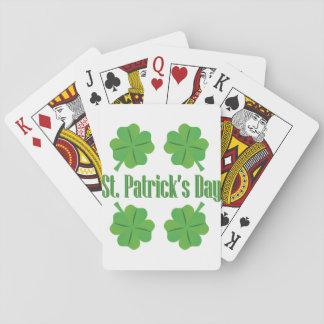 El día de St Patrick con el trébol Barajas De Cartas
