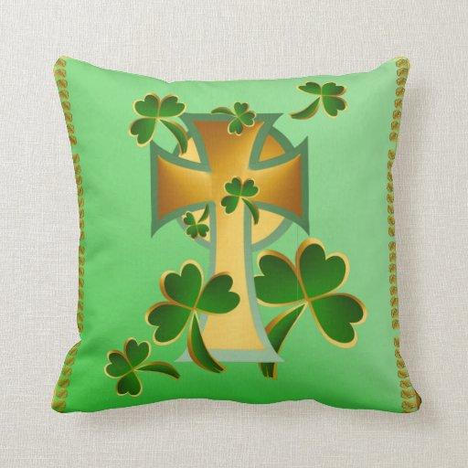 ¡El día de St Patrick feliz a usted! Almohada