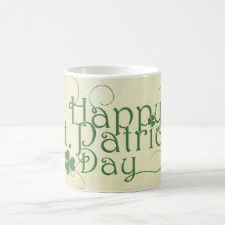 El día de St Patrick feliz rústico Taza De Café