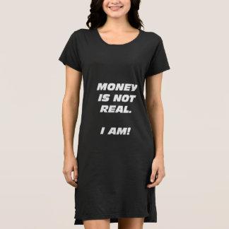 El dinero de Wmns no es vestido real de la
