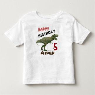El dinosaurio de T-Rex embroma la camiseta del