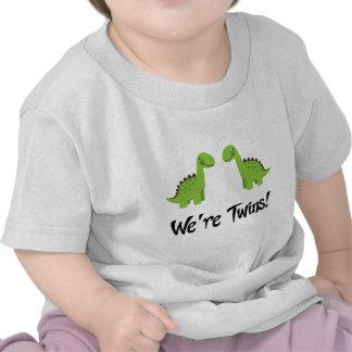 El dinosaurio lindo hermana el regalo camisetas