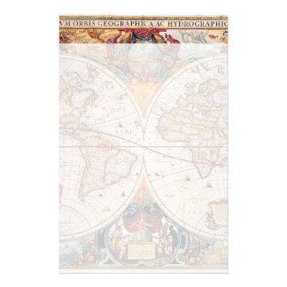 El diseño antiguo del mapa de Viejo Mundo del Papeleria