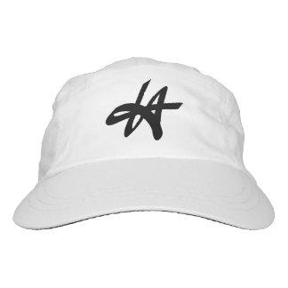 El diseño del logotipo de la etiqueta de la gorra de alto rendimiento
