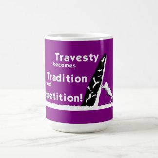 El disfraz se convierte en taza de la tradición