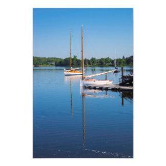 El domingo por la mañana veleros reflexivos foto