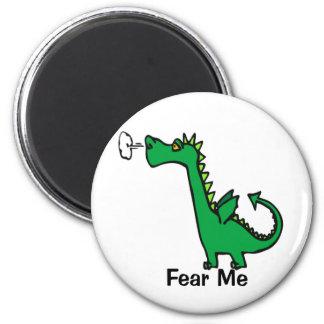 El dragón del dibujo animado me teme imán