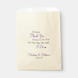 El dulce le agradece personalizó el boda púrpura bolsa de papel
