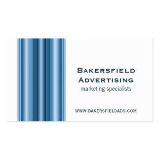 El ejecutivo barra la tarjeta de visita, azul bril tarjetas de visita