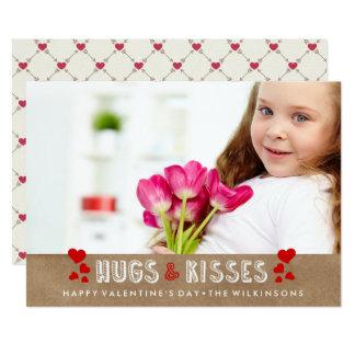El el día de San Valentín feliz abraza y besa la Invitación 12,7 X 17,8 Cm