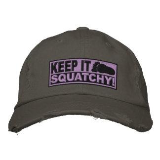¡El *EMBROIDERED* púrpura lo guarda Squatchy! - Bo Gorra De Beisbol Bordada