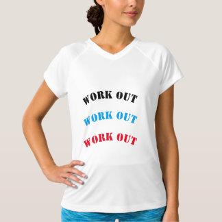 El entrenamiento seco doble de las mujeres de la camiseta