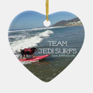 El equipo Jedi practica surf la línea Adorno Navideño De Cerámica En Forma De Corazón