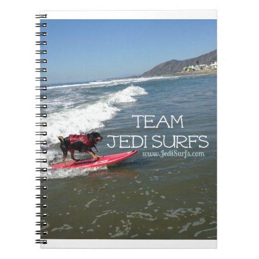 El equipo Jedi practica surf la línea Libreta Espiral